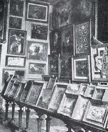 Looted art in the Jeu de Paume in Paris, a museum that the Nazis used to store more than 22,000 works of art stolen from French Jews.